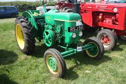 SFV 201 of 1957 reg RSJ 516 at Stoke Goldington 09 - IMG 9822
