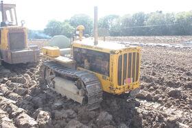 Caterpillar D2 sn 4U807 at Rudgwick 2010 - IMG 5027