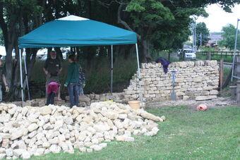 Drystone walling demonstration at Masham 09 - IMG 0029