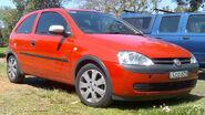 2003 Holden XC Barina (MY2003) SXi 3-door hatchback 01