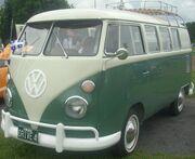 '66 Volkswagen Kombi (Auto classique St. Lazare '10)
