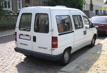 Peugeot Expert white rear