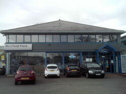 Benfield Ford, Wetherby (April 2010) 001