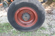 Dyson trailer - axle hub & wheel - IMG 7264