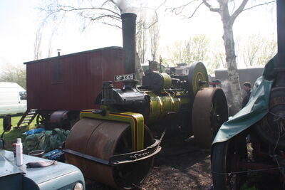 Green no. 2054 RR - RF 3309 At Klondyke Mill 09 - IMG 7250