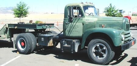 International 1962 R-202