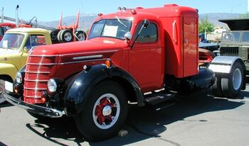 International 1940 D50 4x2 tractor Reno
