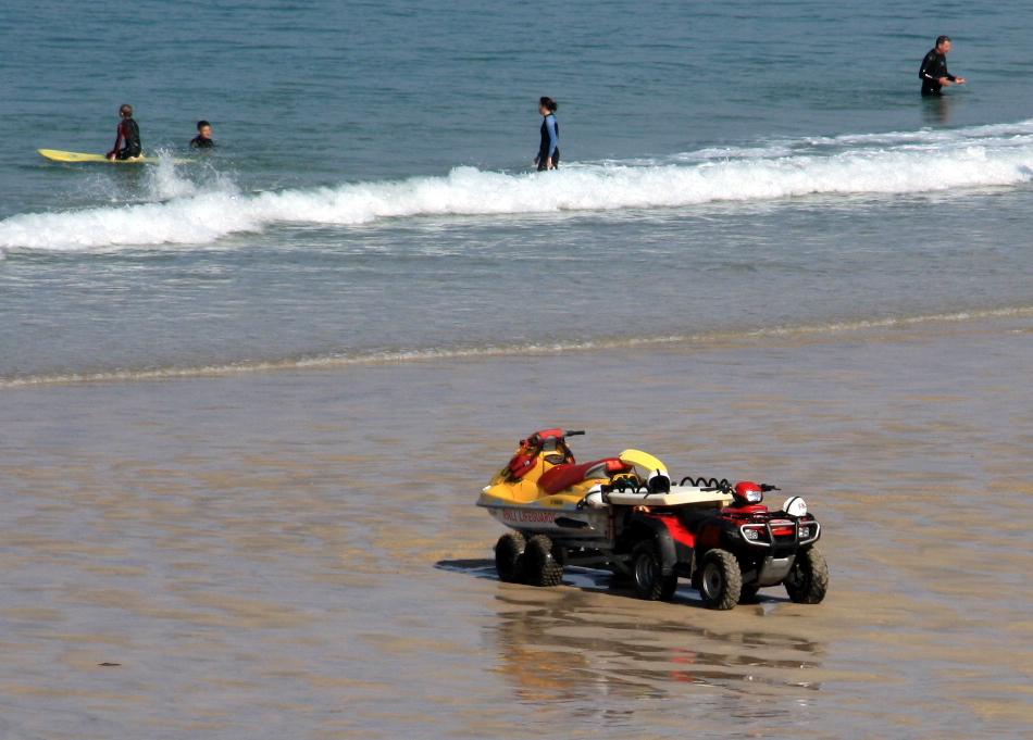Image  Lifeguard ATV with jetski on beach  IMG 0275jpg