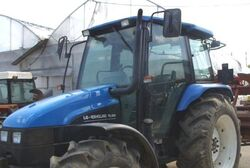 LG-New Holland TL100 MFWD-2002