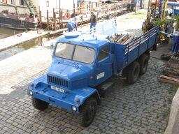 Praga V3S top side