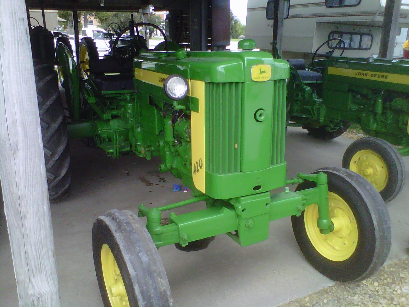 John Deere 420 Tractor Construction Plant Wiki Fandom Powered By Wikia