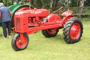 BF Avery Tricycle (row crop) tractor reg TJ 9985 at Newby 09 - IMG 2264