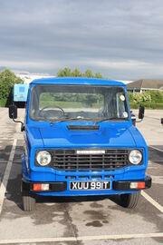 Sherpa 230 pick-up reg XUU 991T (front) at leeds HCVs 09 - IMG 4009
