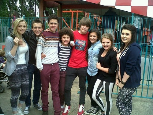 File:Amy-Leigh-Hickman-and-Friends-amy-leigh-hickman-33207760-500-375.jpg