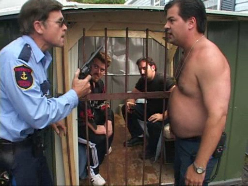 File:3x07-injail.png