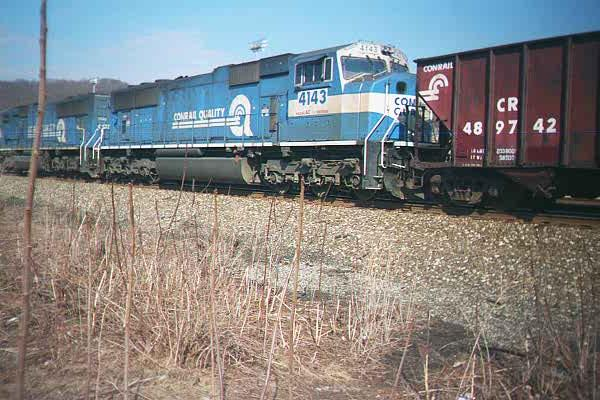 File:Conrail SD70MAC units.jpg