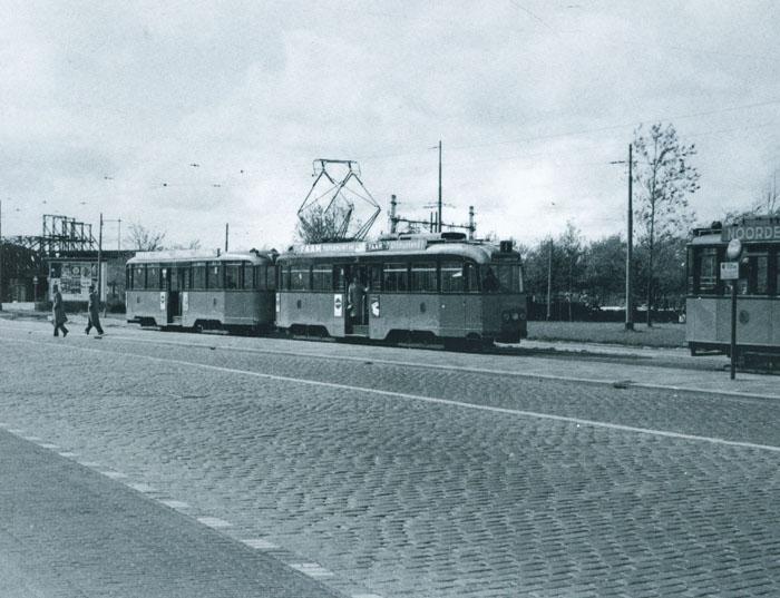 Lijn 1 rotterdam tram wiki fandom powered by wikia for Honingerdijk rotterdam