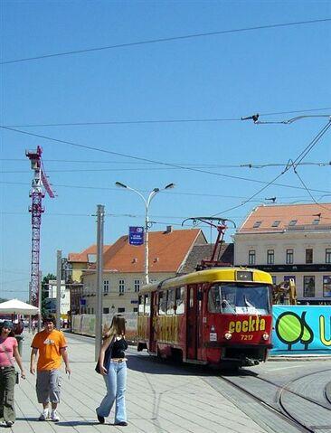 File:Osijek Tram.jpg