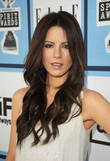 Kate-Beckinsale-Hairstyle-2012