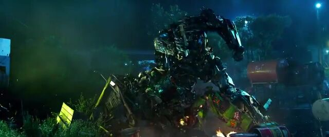 File:Transformers AOE 1159.jpg