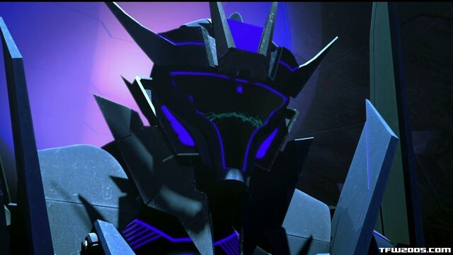 File:Prime-soundwave-s01e01-face.jpg