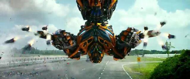 File:Transformers AOE 4696.jpg
