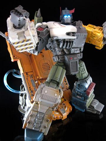 File:Kidbash Autobot X.jpg