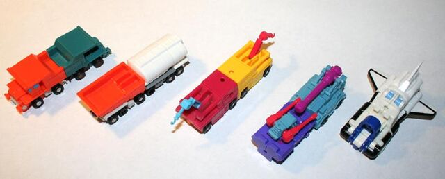 File:Micromastercombiners-fronttofront.jpg