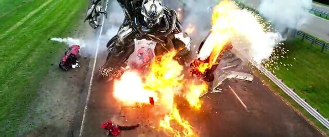File:Transformers AOE 4601.jpg