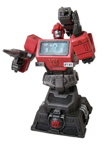 File:DiamondSelect G1Ironhide bust.jpg