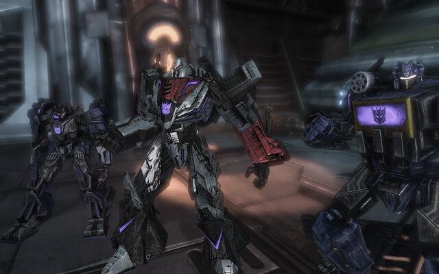 File:Wfc-megatron&decepticons-game.jpg
