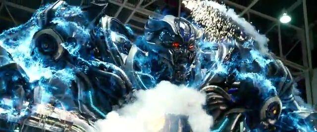 File:Transformers AOE 6914.jpg