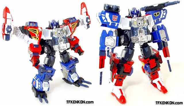 File:Energon WingConvoy toys.jpg