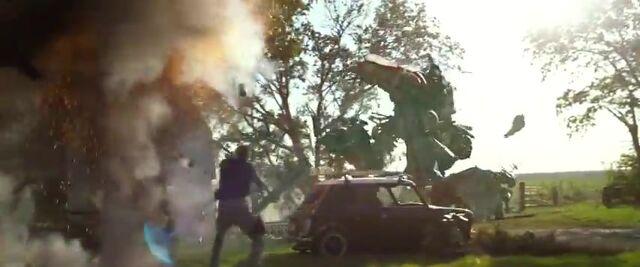 File:Transformers AOE 2346.jpg