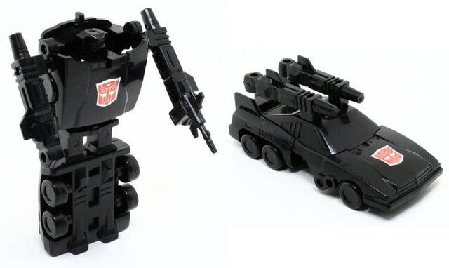 File:G1Scamper toy.jpg