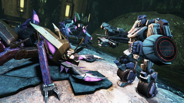 File:Transformers Fall of Cybertron - Jazz fighting Insecticons.jpg