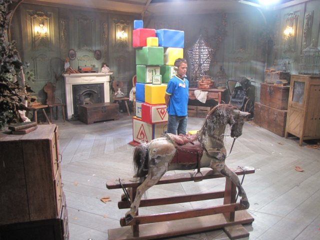 File:Trappedeverafterseries4cbbc.jpg