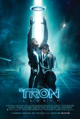 Файл:Tron legacy final poster hi-res 01.jpg