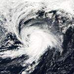 Hurricane Lisa 02 oct 2004 1300Z.jpg