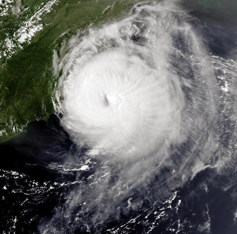File:Hurricane Emily 31 aug 1993 2059Z.jpg