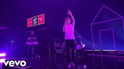 Troye Sivan - EASE (Live on the Honda Stage at the iHeartRadio Theater LA)