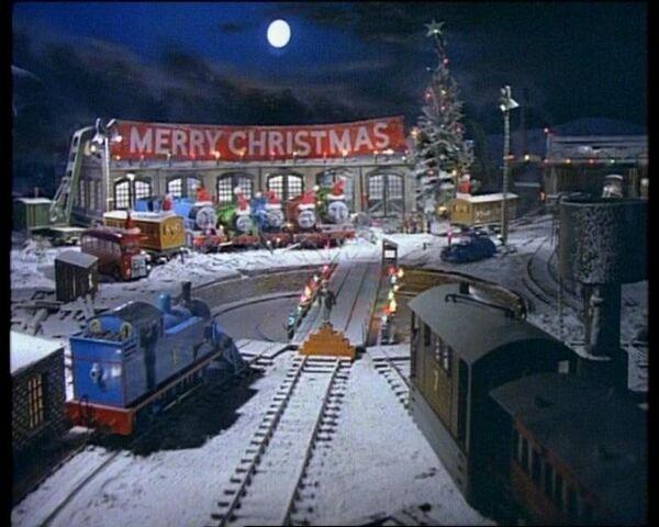 File:Thomas'ChristmasParty8.jpg