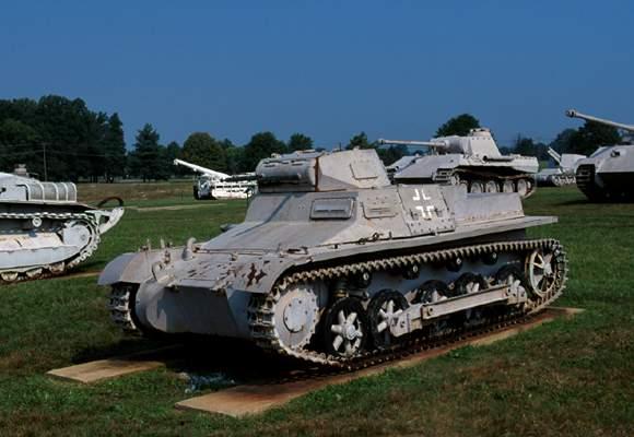 File:Silver Tank.jpg