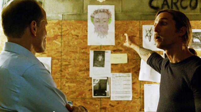File:True-Detective-Wikia S01-E07(promo) SS 01.jpg