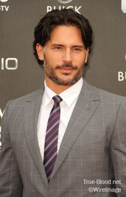 File:Normal JManganiello KBauer NewNowNext 4300.jpg