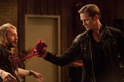File:154349 eric-northman-alexander-skarsgard-tears-a-witchs-heart-out-on-true-blood-season-4-1-.jpg
