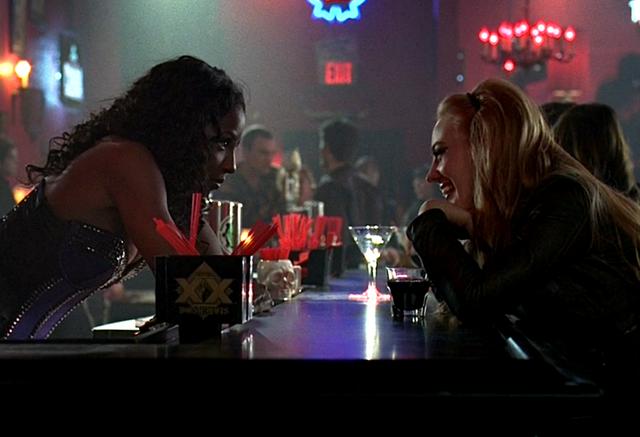 File:S05E05 Tara and Jessica.png