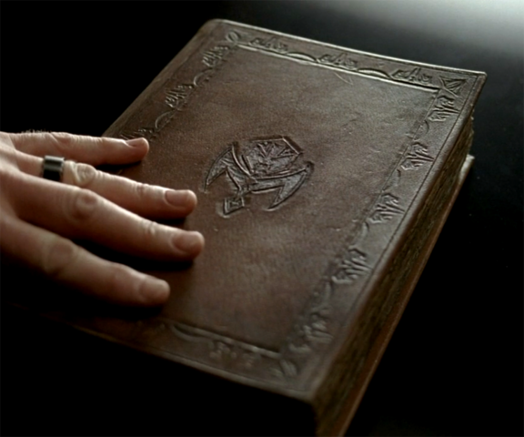 File:S05E02 Vampire bible.png