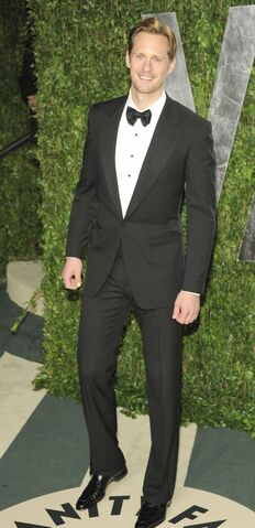 File:Alexander-skarsgard-vanity-fair-party-03.jpg