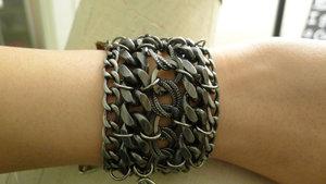 File:Armor-jewelry-black-metal-cuff-for-hbos-true-blood-profile.jpg